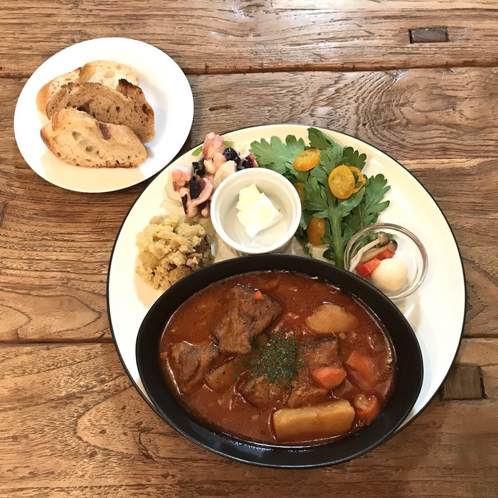 千駄木カフェ・ケープルヴィルの1月のメインのお料理はボルシチ。