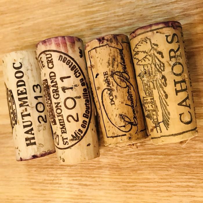 シャトーもののコルクはやっぱりかわいい。フランスの高級ボルドーワイン、グラン・クリュ。