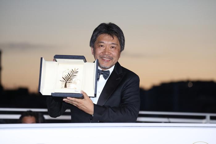 是枝監督カンヌ映画祭でパルムドール受賞