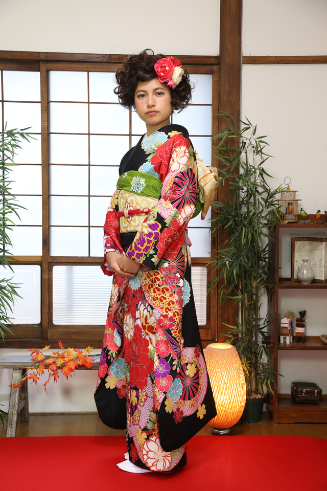 ケープルヴィルのレンタル着物は、前撮りと成人式の2回着れるお得なプランがあります。