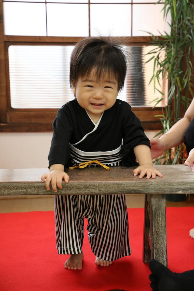 1歳バースデーのための和装衣装